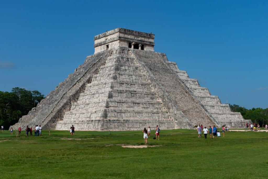 Chichen-Itza-The-Best-Mayan-Ruins-in-Mexico