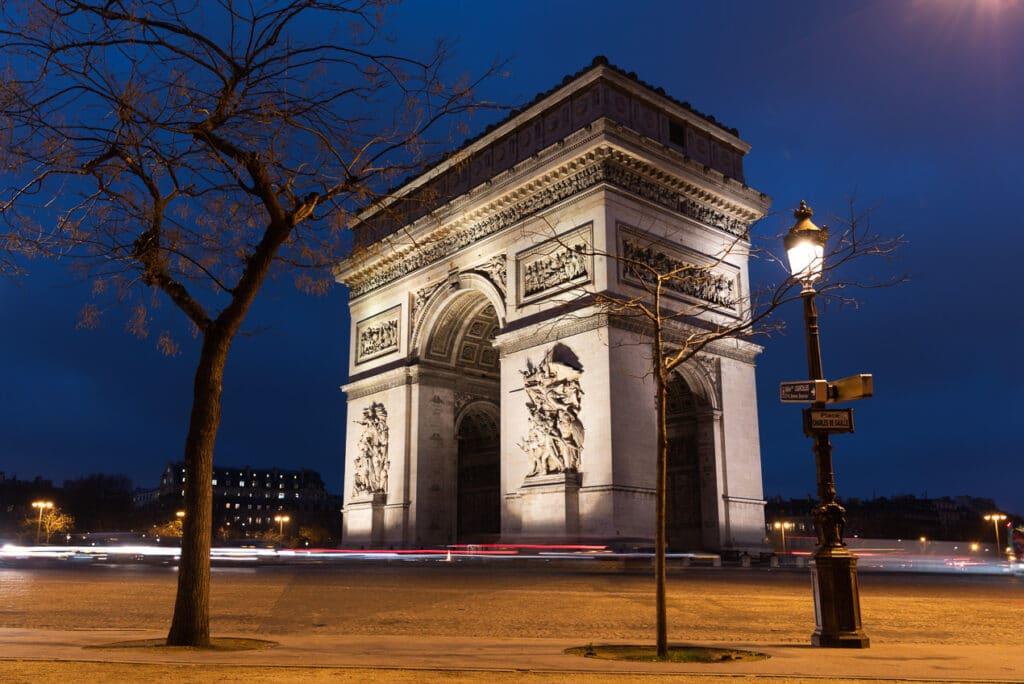 Arc de Triomphe at Sunrise